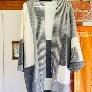 LoveStitch Heavy Open Gray White Cardigan Sweater